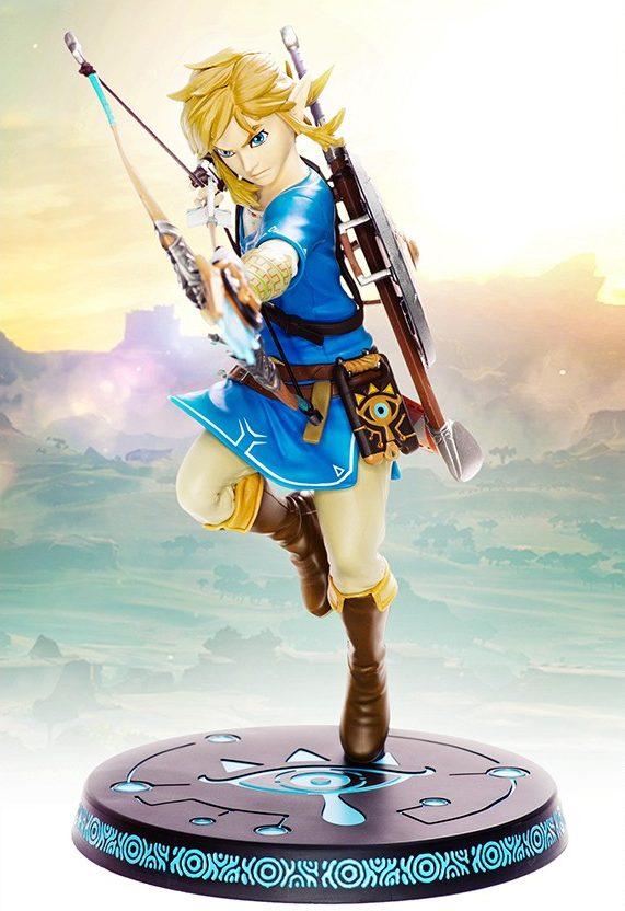 The Legend of Zelda Breath of the Wild Link PVC Statue